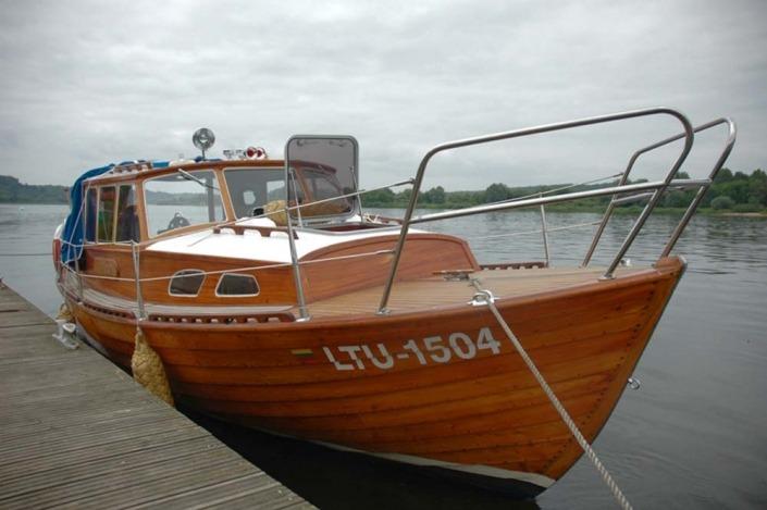 Plaukimas laivu iš Kauno į Zapyškį