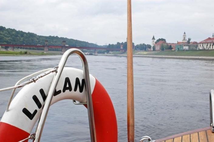 Laivo nuoma Nemune