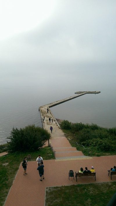Plaukimas laivu pro Ventės ragą į Mingę