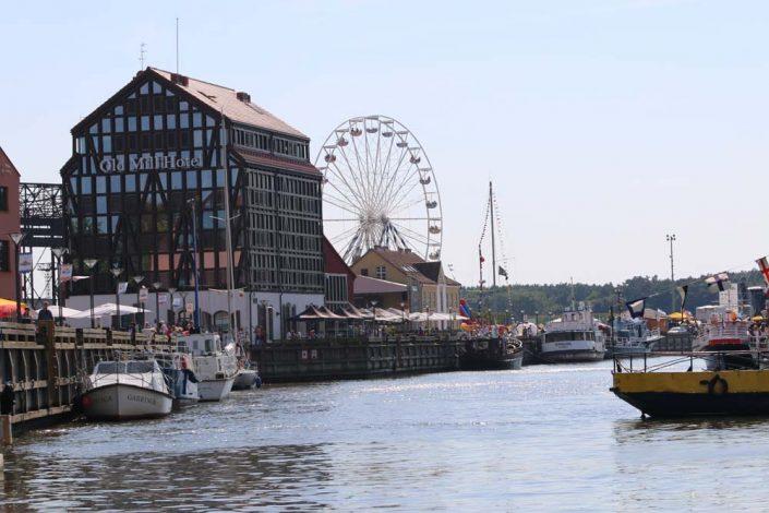 plaukimas laivu Danėje